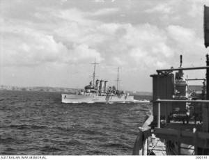 Photo taken from the Australian War Memorial Collection. By Parer, Damien Peter. ID: 000141